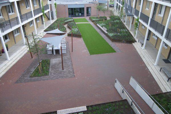 Kunstrasen Referenz Beispiel Garten Innenhof Rimann Fulda